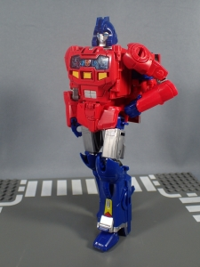 Transformers Generations Power of the Primes Leader Evolution Optimus Prime Orion Pax (16)