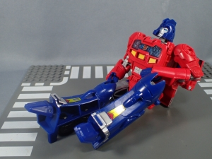 Transformers Generations Power of the Primes Leader Evolution Optimus Prime Orion Pax (19)