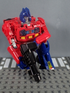 Transformers Generations Power of the Primes Leader Evolution Optimus Prime Orion Pax (21)