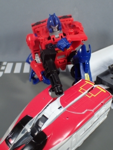 Transformers Generations Power of the Primes Leader Evolution Optimus Prime Orion Pax (22)