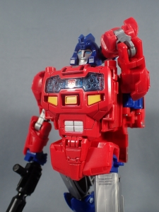 Transformers Generations Power of the Primes Leader Evolution Optimus Prime Orion Pax (24)