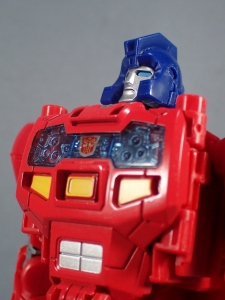 Transformers Generations Power of the Primes Leader Evolution Optimus Prime Orion Pax (30)