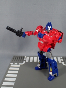 Transformers Generations Power of the Primes Leader Evolution Optimus Prime Orion Pax (27)