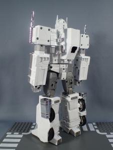 トランスフォーマー マスターピース MP-711 サイバトロン総司令官 コンボイ (セブン-イレブン限定)ロボットモード (9)