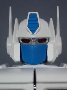 トランスフォーマー マスターピース MP-711 サイバトロン総司令官 コンボイ (セブン-イレブン限定)ロボットモード (12)