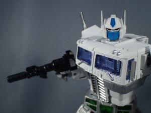 トランスフォーマー マスターピース MP-711 サイバトロン総司令官 コンボイ (セブン-イレブン限定)ロボットモード (35)