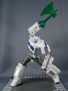 トランスフォーマー マスターピース MP-711 サイバトロン総司令官 コンボイ (セブン-イレブン限定)ロボットモード (40)
