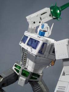 トランスフォーマー マスターピース MP-711 サイバトロン総司令官 コンボイ (セブン-イレブン限定)ロボットモード (41)