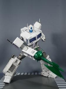 トランスフォーマー マスターピース MP-711 サイバトロン総司令官 コンボイ (セブン-イレブン限定)ロボットモード (42)