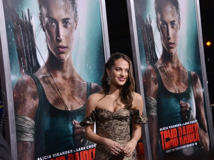 Alicia-Vikander-Tomb-Raider-TCL-Chinese-Theatre-Hollywood-March-12-2018-002.jpg