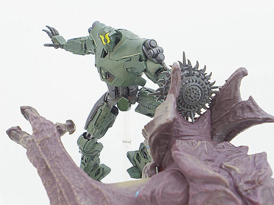 ROBOT魂 タイタン・リディーマー65