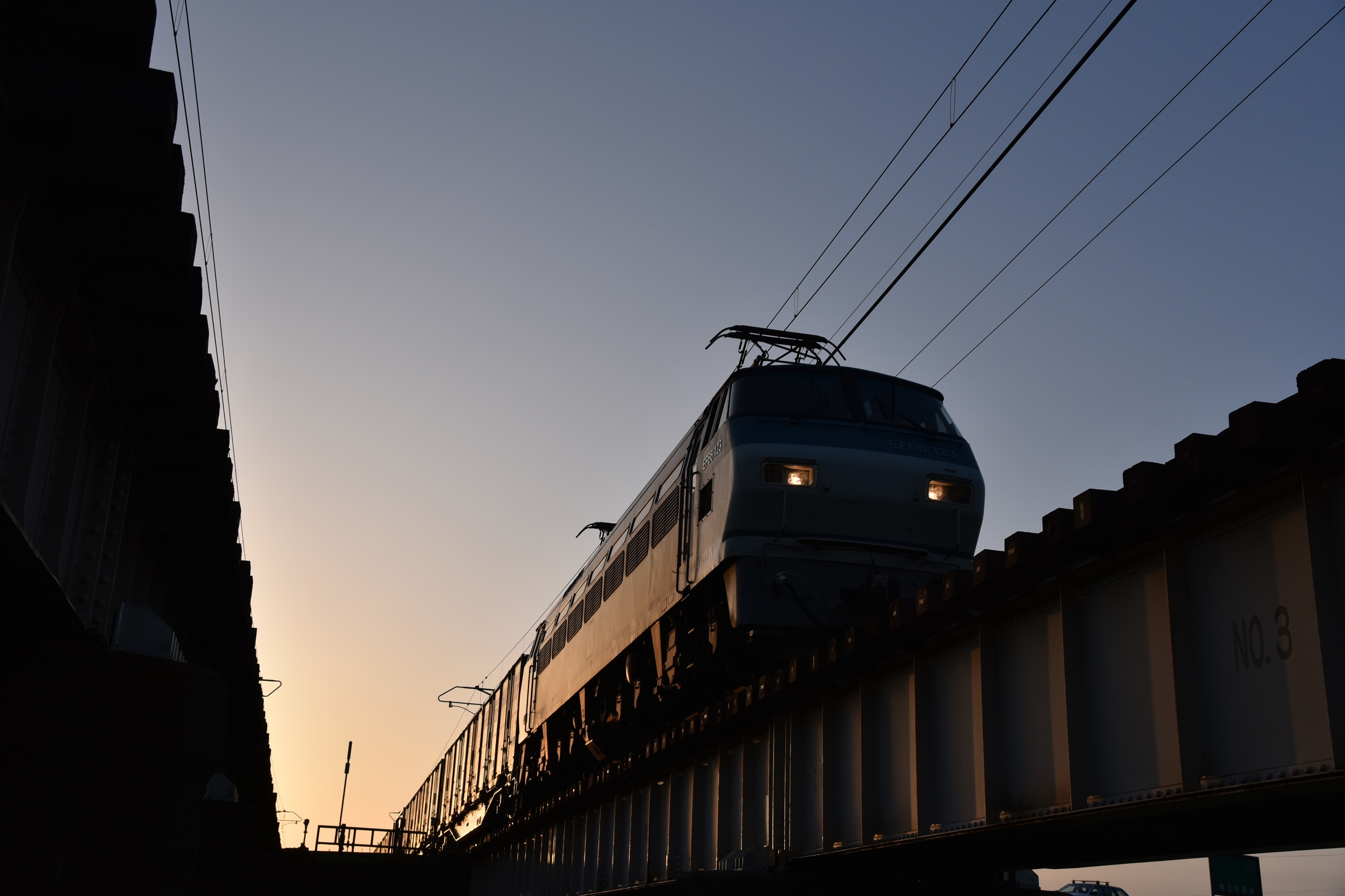 EF66123林田川橋梁