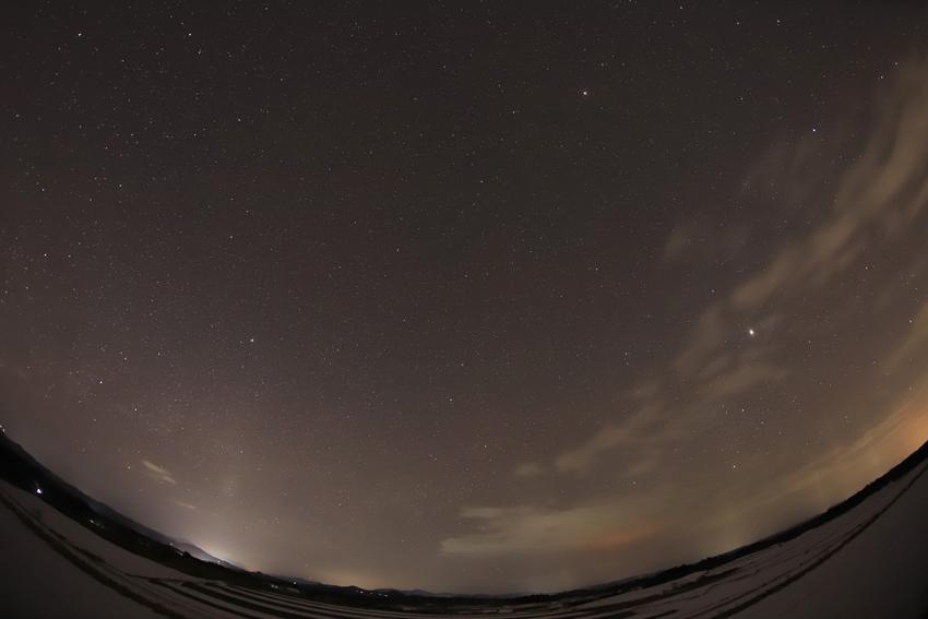 20180222東の空の星空と光柱