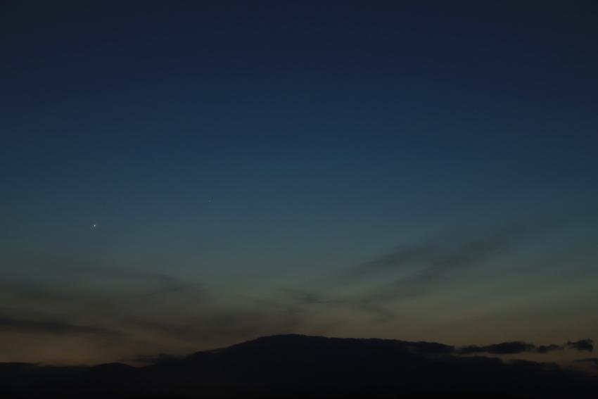 20180320残照の残る西空の水星と金星