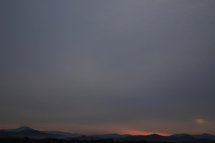 20180321春分の日の日の出後の空