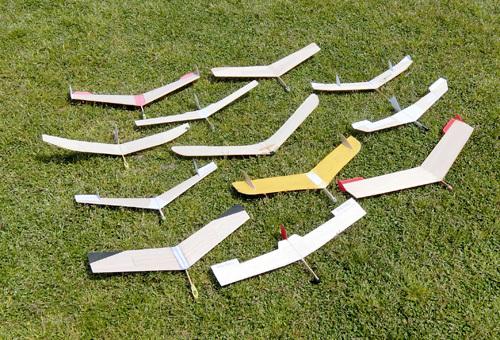 W400バルサ無尾翼機たち。