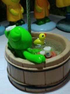 温泉蛙 アップ
