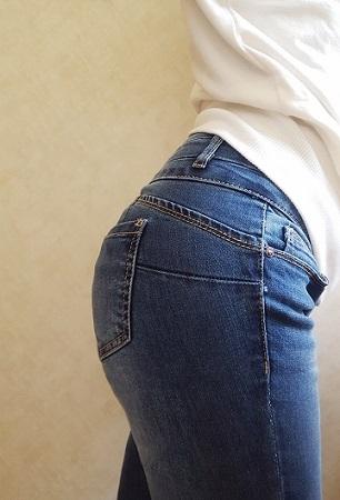 プッシュアップジーンズ 3