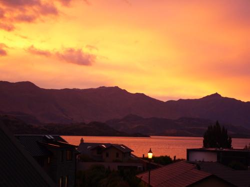 Sunset/Umeboshi