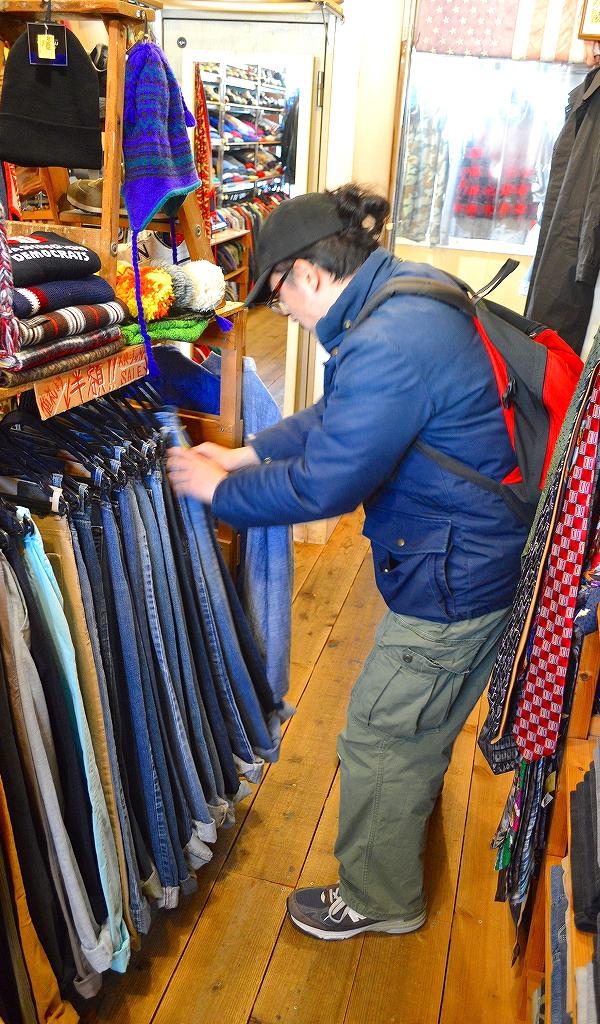 週末の古着屋巡りは古着屋カチカチで画像010