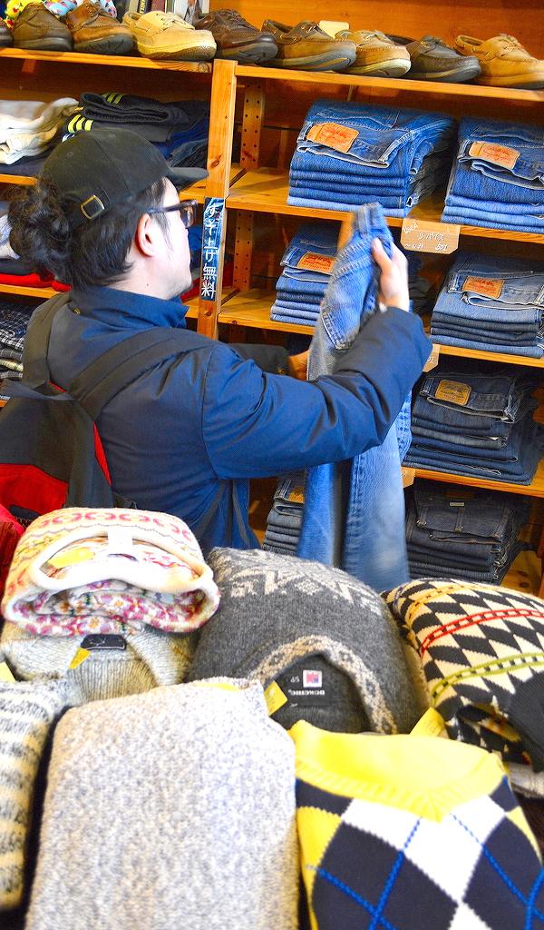 週末の古着屋巡りは古着屋カチカチで画像012