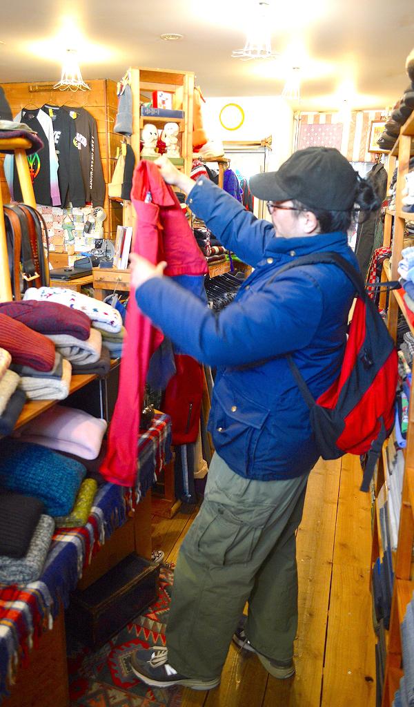 週末の古着屋巡りは古着屋カチカチで画像0111