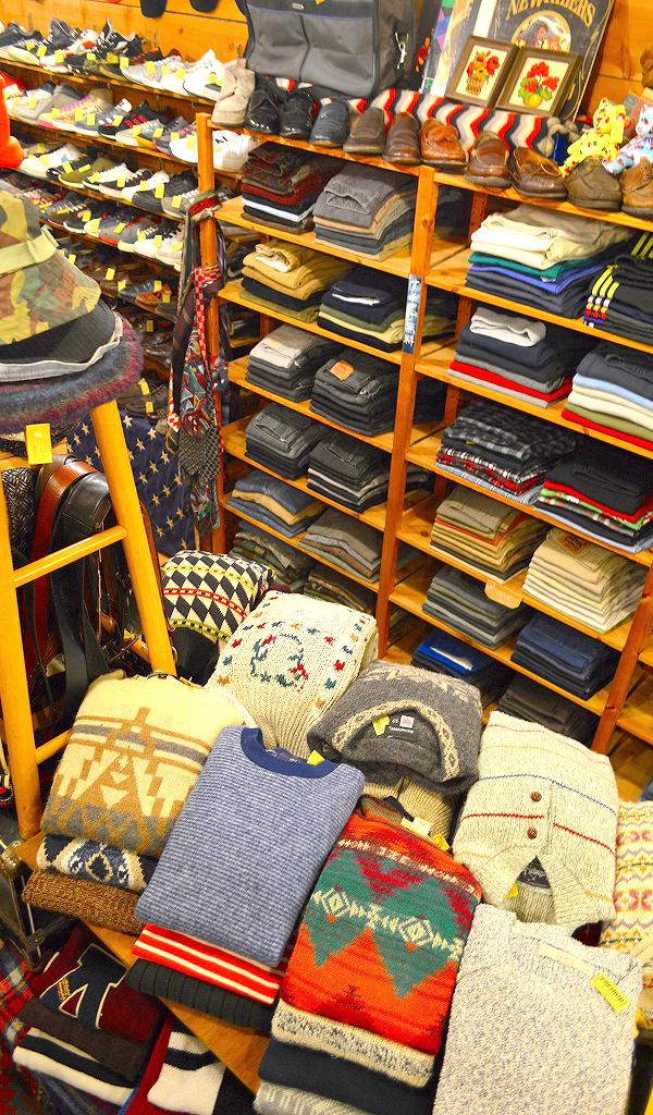 古着屋カチカチ店内画像Used Shop Tokyo Japan01