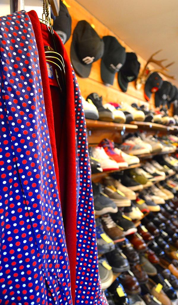 東京都北区王子の古着屋カチカチ店内画像Tokyo Japan01