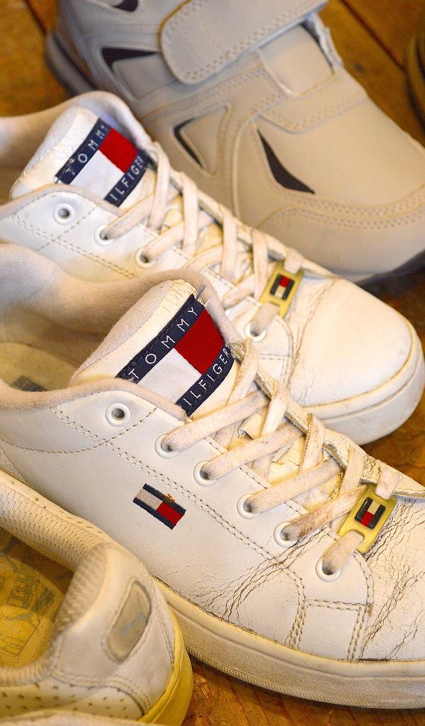 USED白スニーカー画像メンズレディースシューズコーデ@古着屋カチカチ01