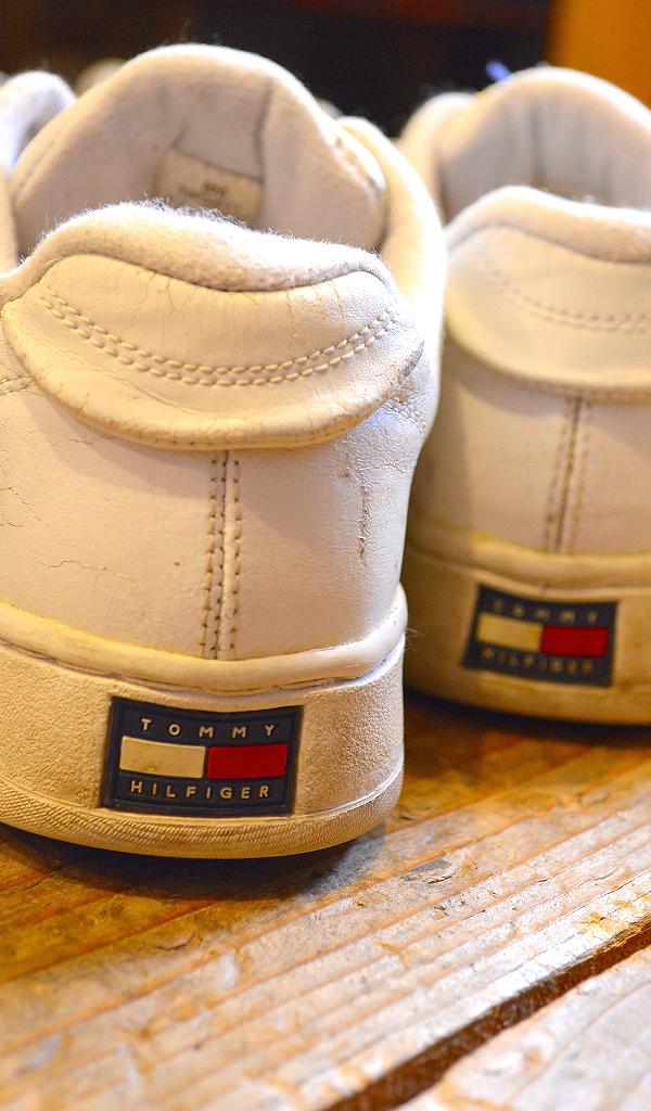 USED白スニーカー画像メンズレディースシューズコーデ@古着屋カチカチ09