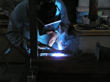 大阪の町工場の職人P1217524