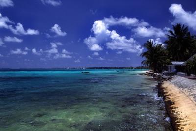 Tuvalu_Funafuti_atoll_beach.jpg
