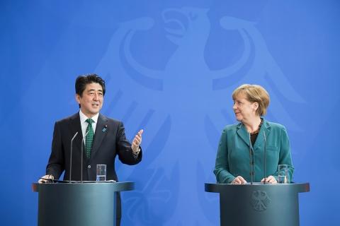 Shinzō-Abe-Angela-Merkel