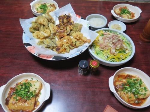 天ぷら、マメアジ南蛮漬け、揚げ出し豆腐、チューハイ