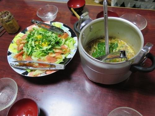 ツナコーンサラダ、東北麺ジャージャー汁そば、チューハイ
