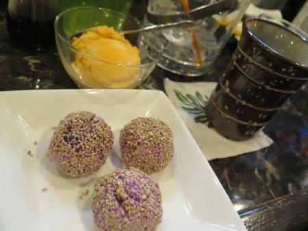 紫芋団子とマンゴタンゴ