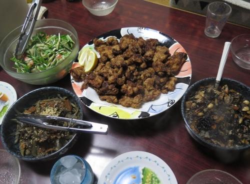 とり唐、ひじき煮、きんぴら、お刺身サラダ