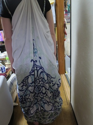 アジアンな服
