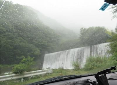 雨の栃木 滝