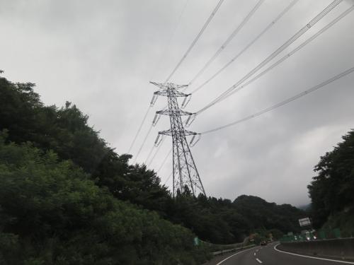 東北自動車道から 鉄塔