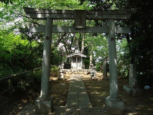 兜塚古墳浅間神社