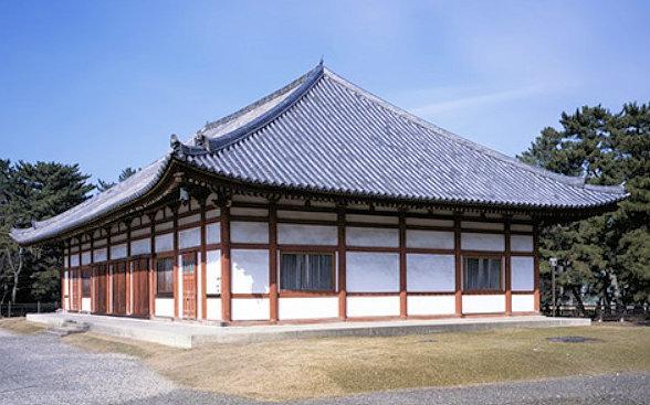 興福寺仮講堂(かつては仮金堂・中金堂と呼ばれていた)