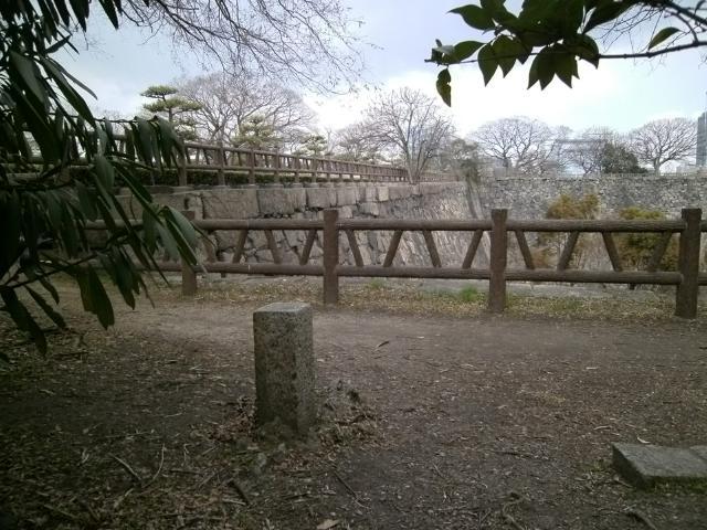 大阪城境界石 (3)