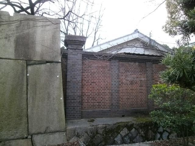 大阪陸軍兵器支廠本部門柱 (3)