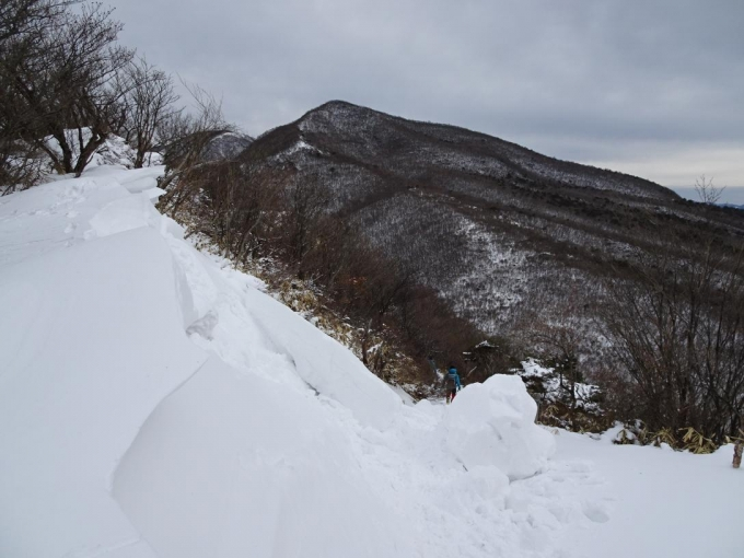 崩れた雪庇