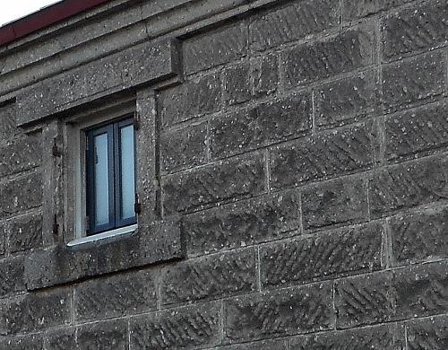 白老 軟石倉庫①-3 軟石拡大