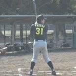 2回表、先頭の安田が内野安打で出塁