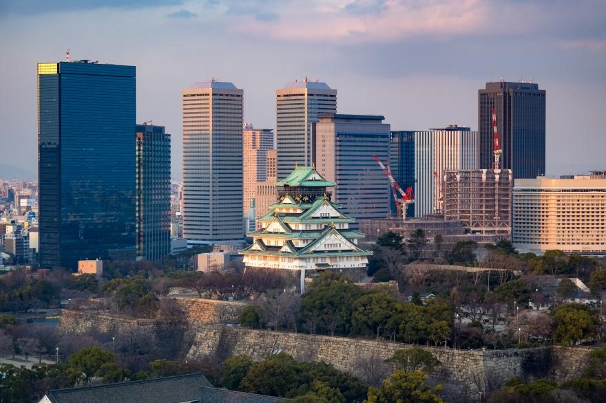 大阪城とOBPビル群 (2)
