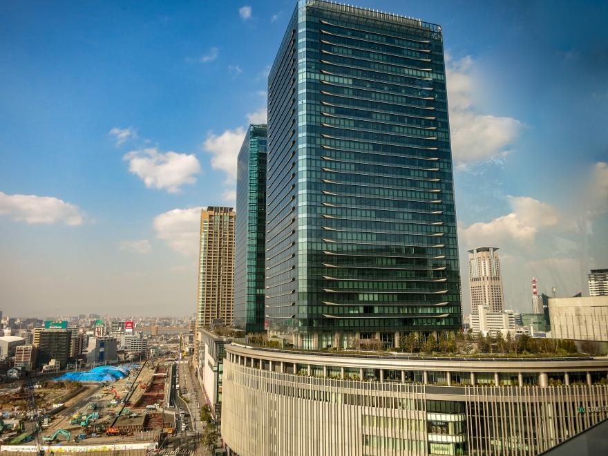 グランフロント大阪 (1)