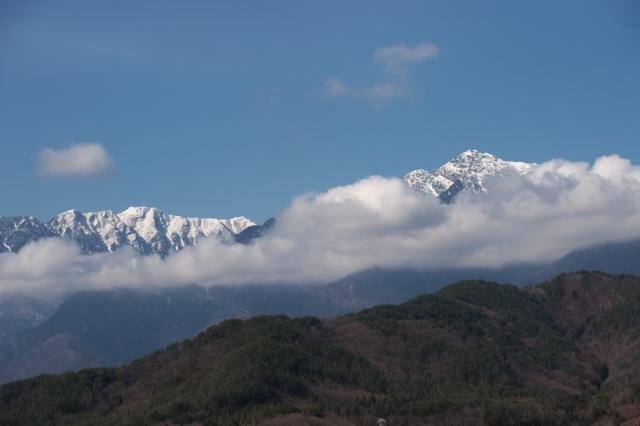 雪の少なくなった甲斐駒ヶ岳-02